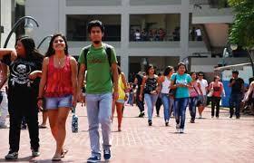 Universitarios desconocen sus derechos en abusos de profesores