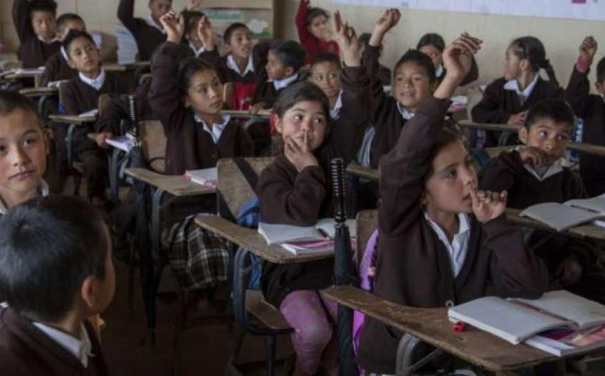 Alerta ONU de ataques a niñas por estudiar