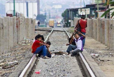 Niños migrantes podrán acceder al Sistema Educativo Nacional