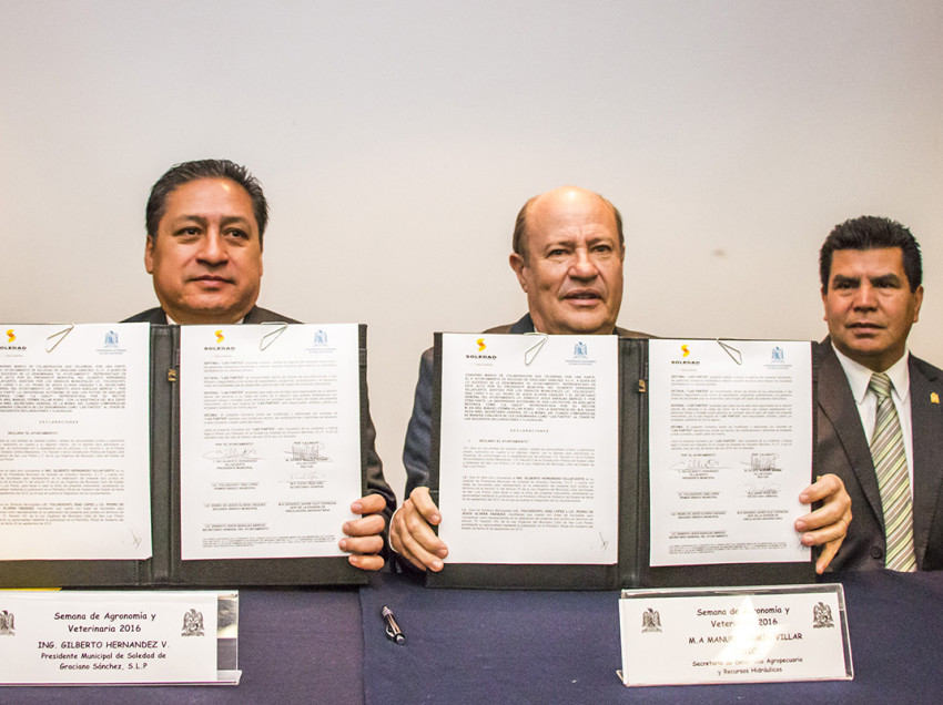 Firman convenio la UASLP y Soledad.