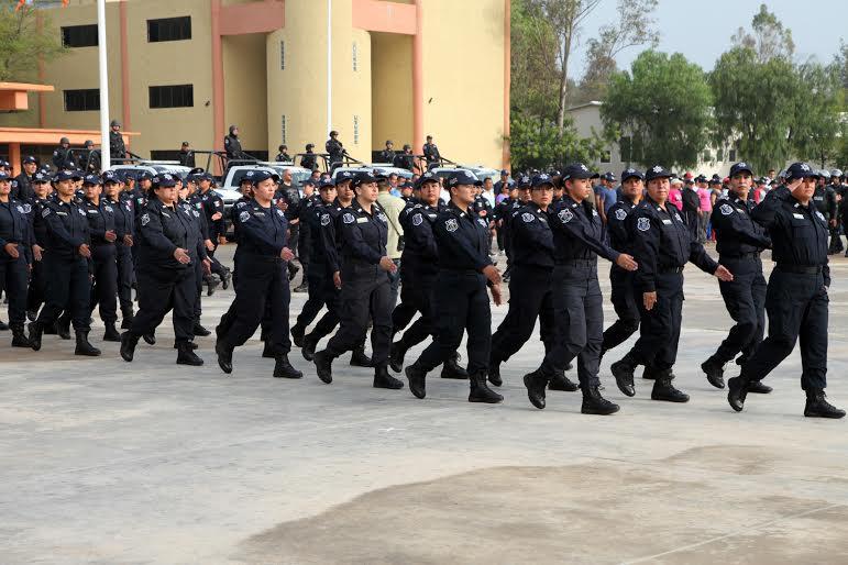 SSLP avanza en capacitación para elementos policiácos