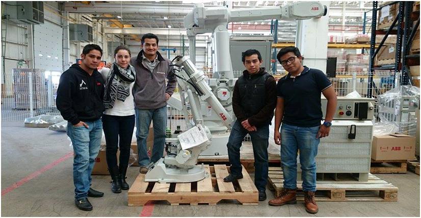 Alumnos de la UPSLP obtienen primer lugar  en concurso de Robótica