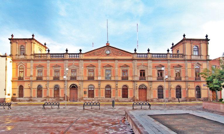 Escuelas al CIEN fortalecerá la infraestructura de la UASLP