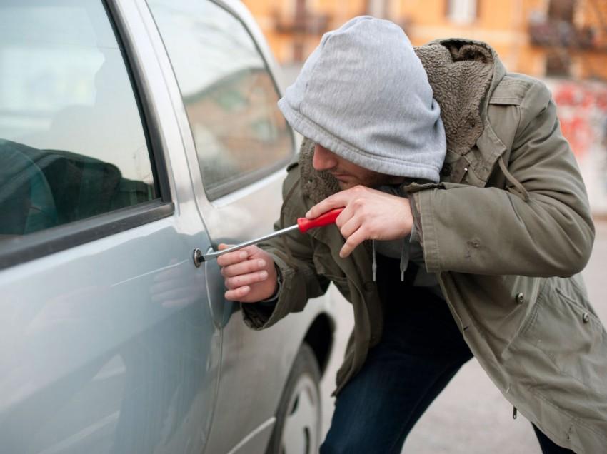 Recomendaciones para evitar robo de vehículos en vacaciones