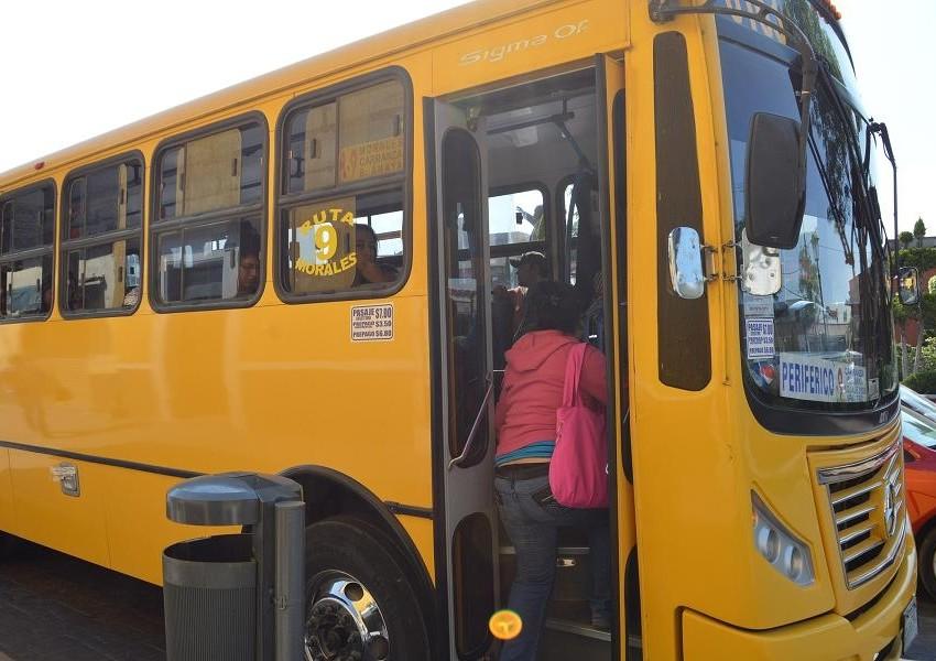 Vigilará  la SCT a camioneros y taxis en Semana Santa