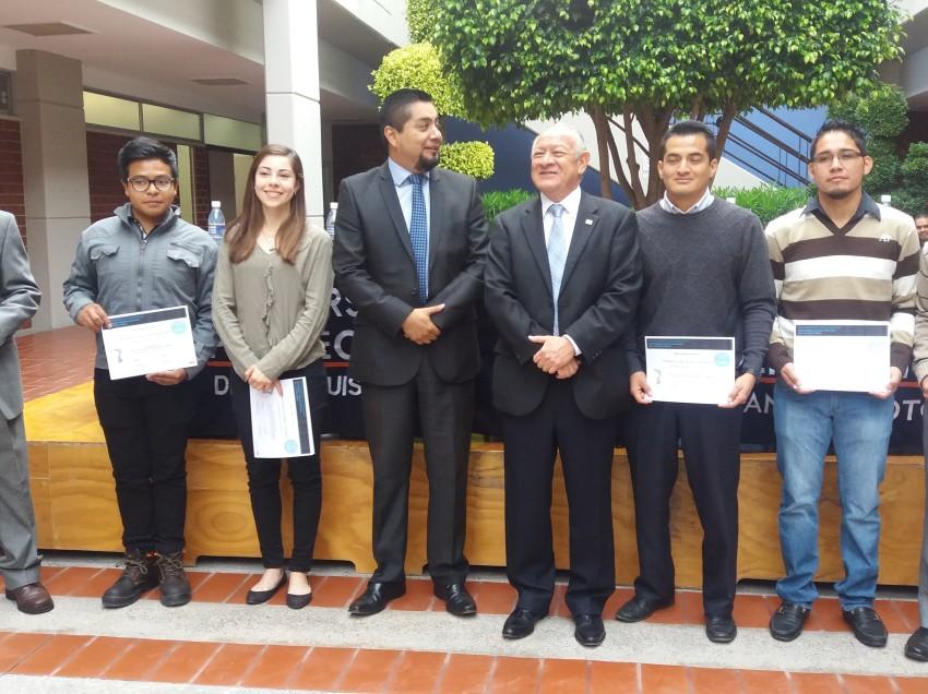 Alumnos de la Universidad Politécnica primer lugar nacional en concurso de robótica