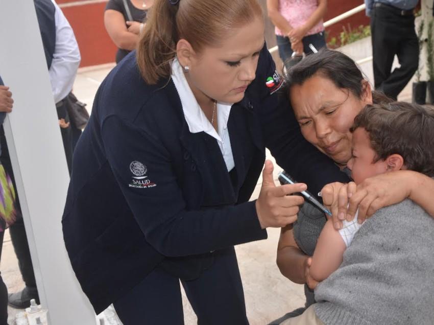 Enfermedades pueden prevenirse con vacunas