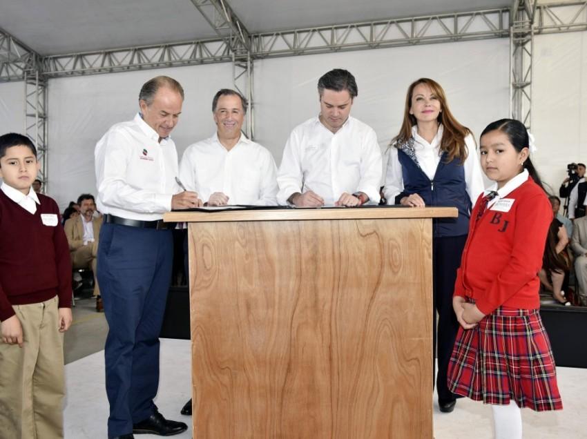 """Autoridades federales signan el """"Memorándum de Entendimiento"""" en SLP"""