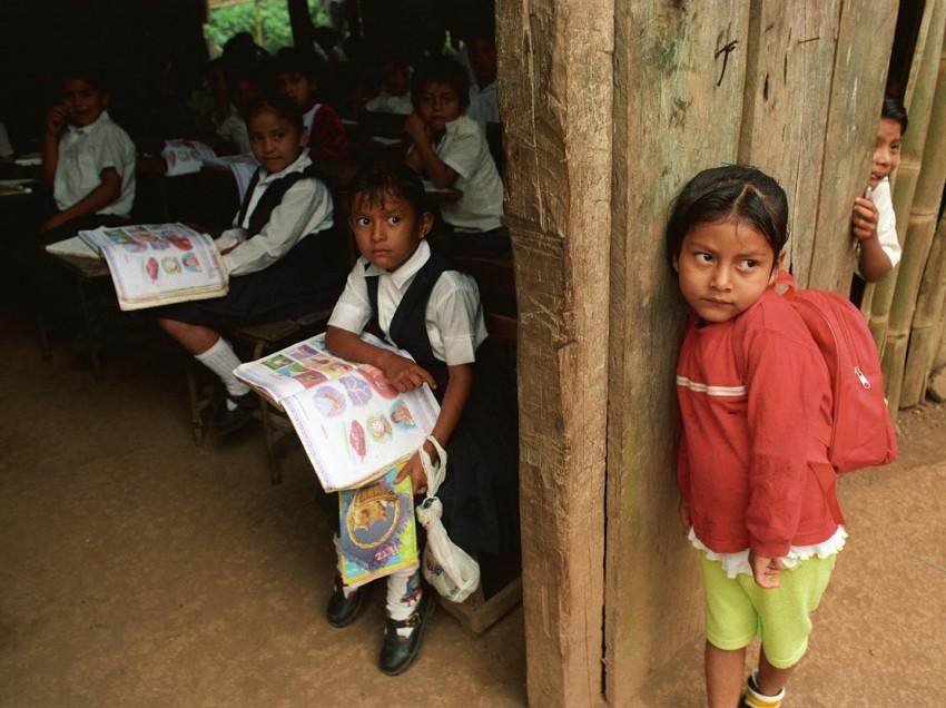 Los niños sueñan con seguir estudiando