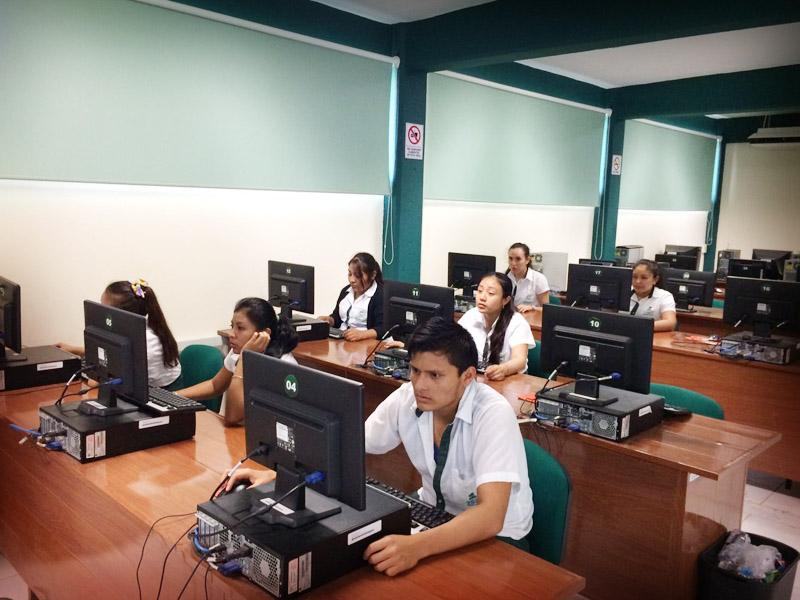 COBACH aplicó prueba domina a estudiantes de sexto semestre