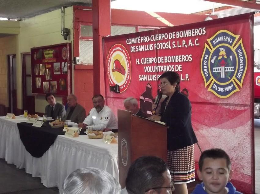 Participaran 74 mil alumnos en la campaña a favor de los bomberos