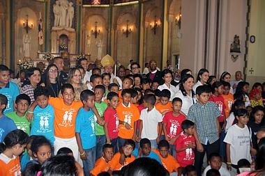 La Juventud es distante de la vida religiosa por redes sociales y vida moderna