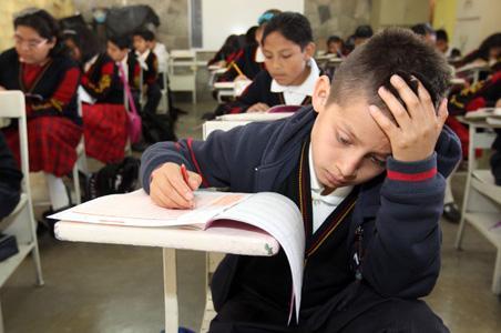 Proponen psicólogos en escuelas de nivel básico