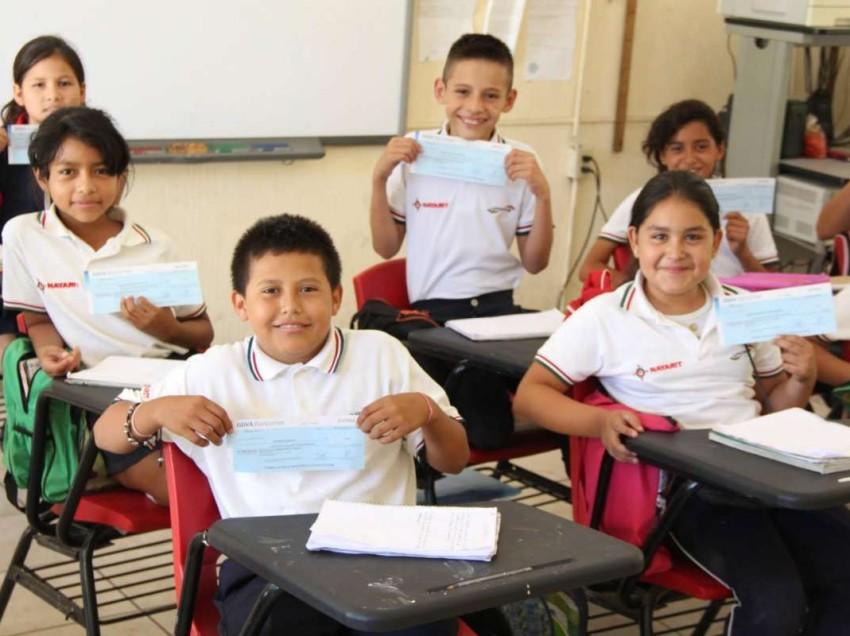 Ayuntamiento entregará en enero becas escolares