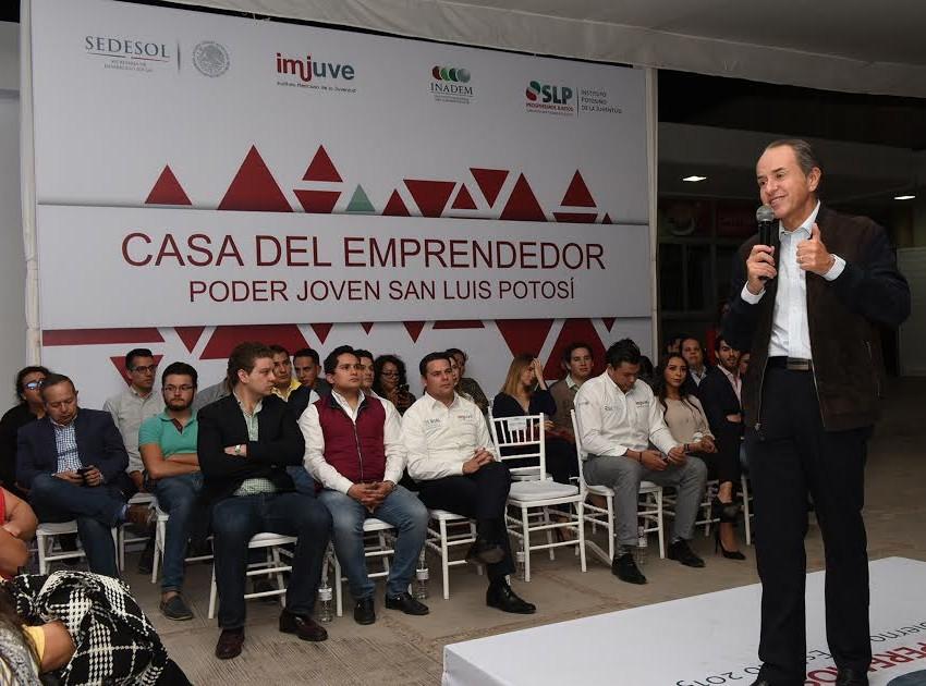 Inauguran casa del emprendedor para la juventud potosina
