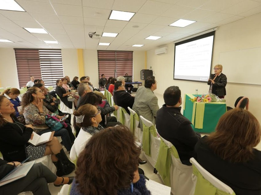 Instituto de profesionalización del magisterio potosino fortalece actividades de formación docente
