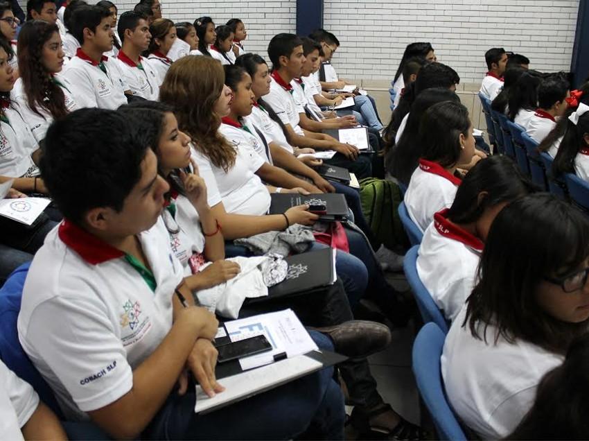 27 Alumnos del COBACH participaran en el parlamento de la juventud 2016