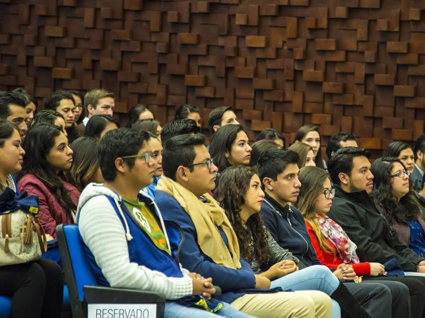 Alumnos de alto rendimiento de la UASLP, participantes del programa de Movilidad estudiantil