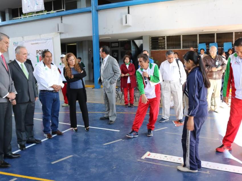 """Promueven  activación física en alumnos con  Ponte al Cien"""""""