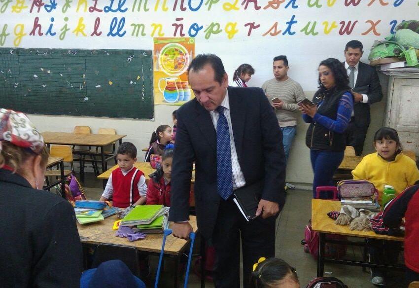 Revisan mochilas en la primaria Antonio Soto Solís