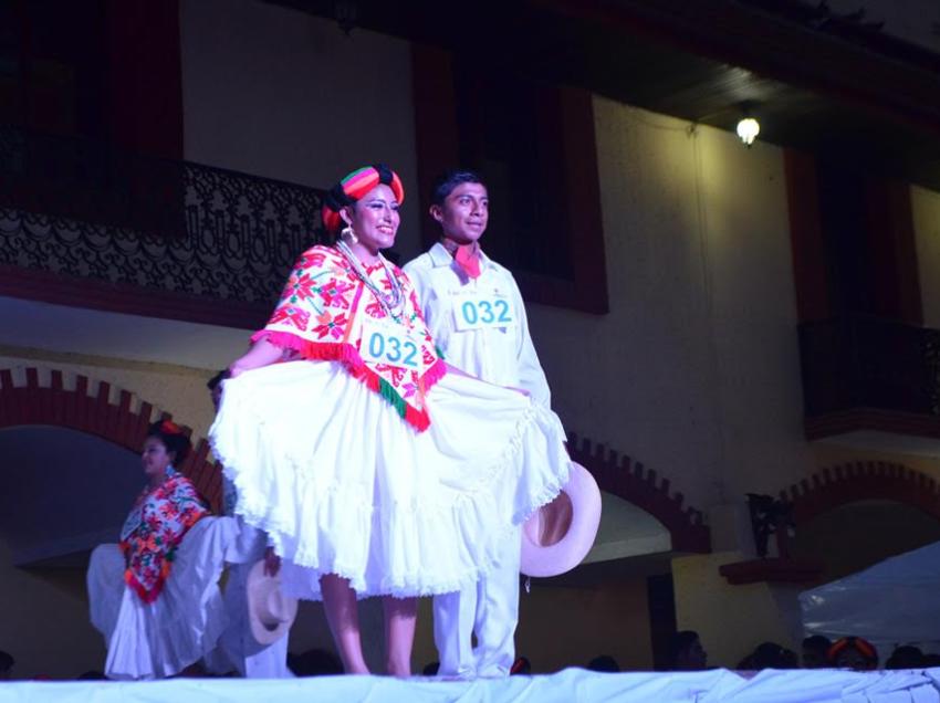 Participaran 1700 alumnos en seis actividades culturales en la muestra cultural del COBACH