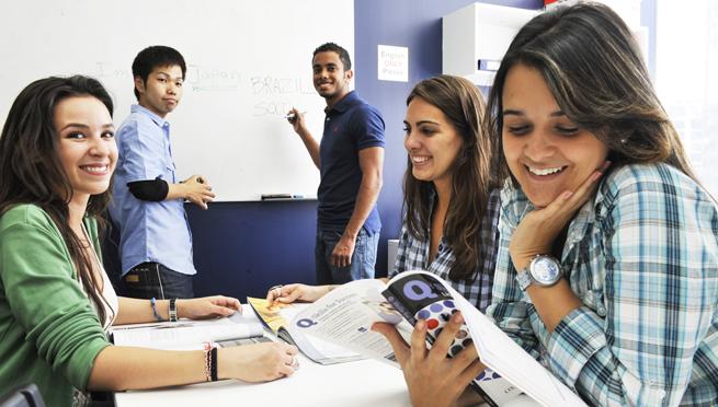 SEGE invita a participar en programa de becas para Australia y EUA