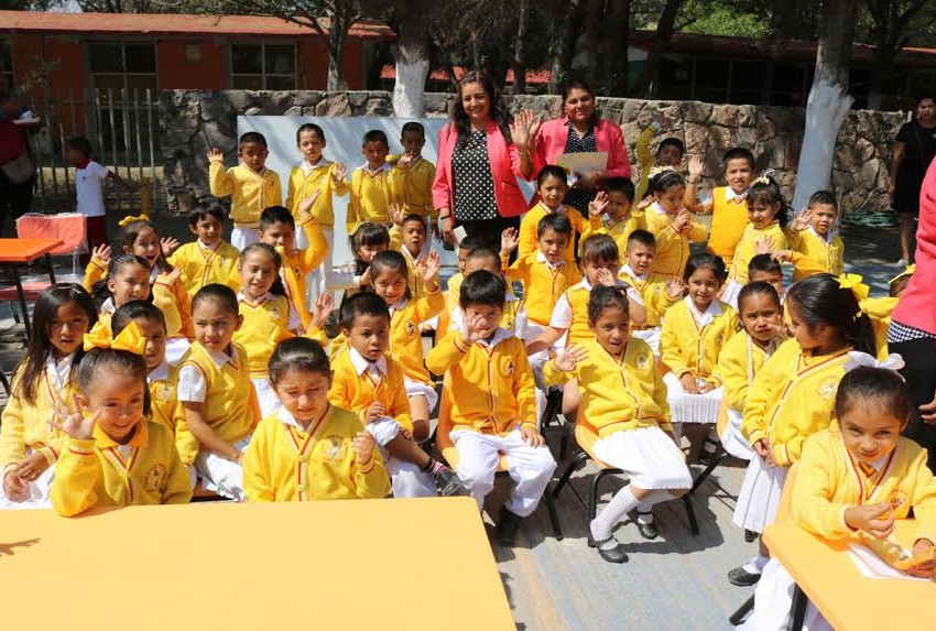 Se atiende al 35 por ciento las escuelas de educación básica en Cedral