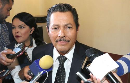 Ricardo Gallardo Juárez continúa con gestiones para lograr recursos extraordinarios