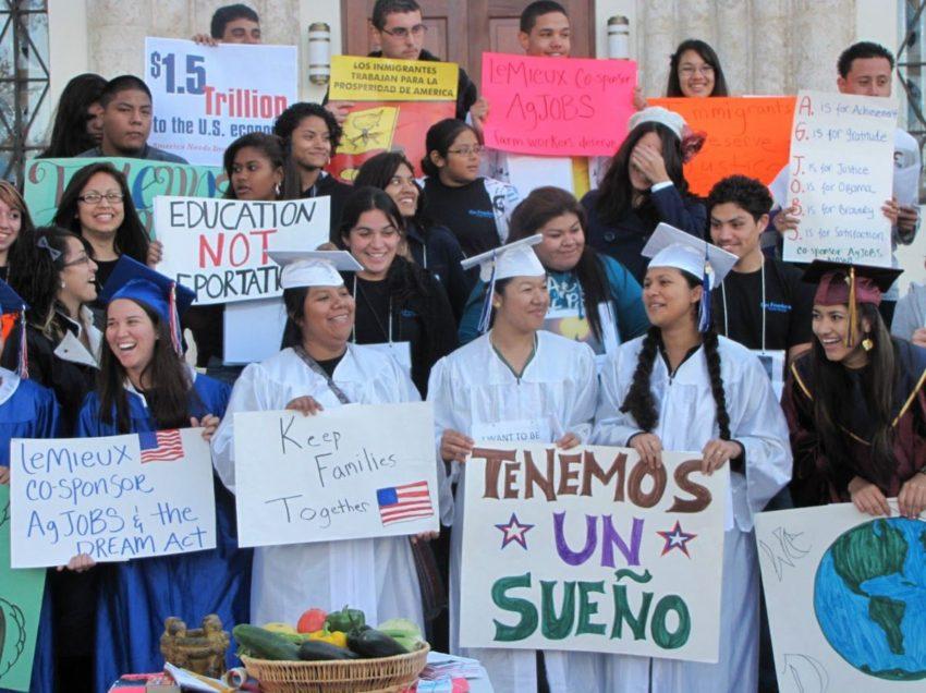 En SLP hay facilidades a estudiantes que regresen de Estados Unidos: SEGE