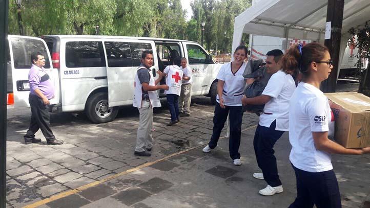 Cobach entrega donativos para damnificados por sismo