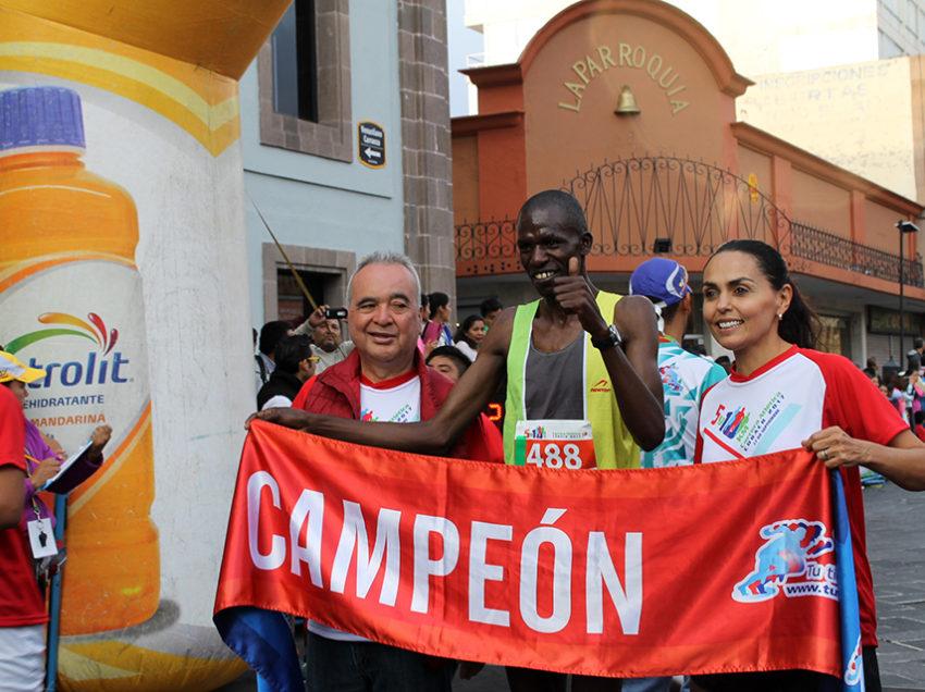 Concluye con éxito la carrera por el XXXIII aniversario de fundación del COBACH