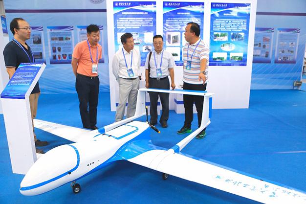 Estudiante de la UVM gana carrera internacional de drones