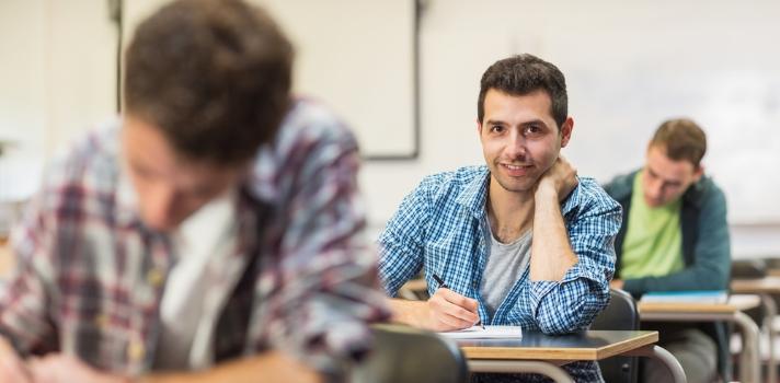 Beneficios de volver a la universidad a mediana edad