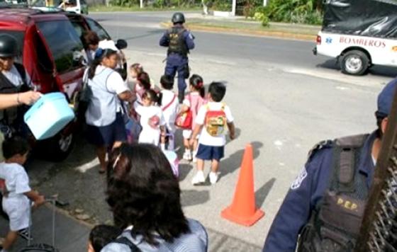 Se respira inseguridad afuera de las escuelas de San Luis Potosí