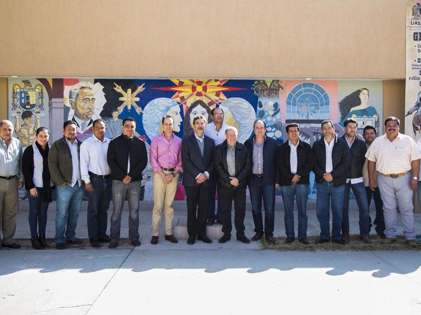 Funcionario de Sagarpa visita la Facultad de Agronomía y Veterinaria de la UASLP