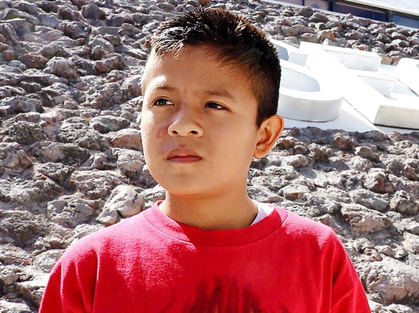 """Alumno potosino indígena primer lugar en concurso nacional con narración """"El Hombre Perro"""""""