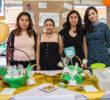 Alumnas elaboran galletas y granola con harina de chapulín