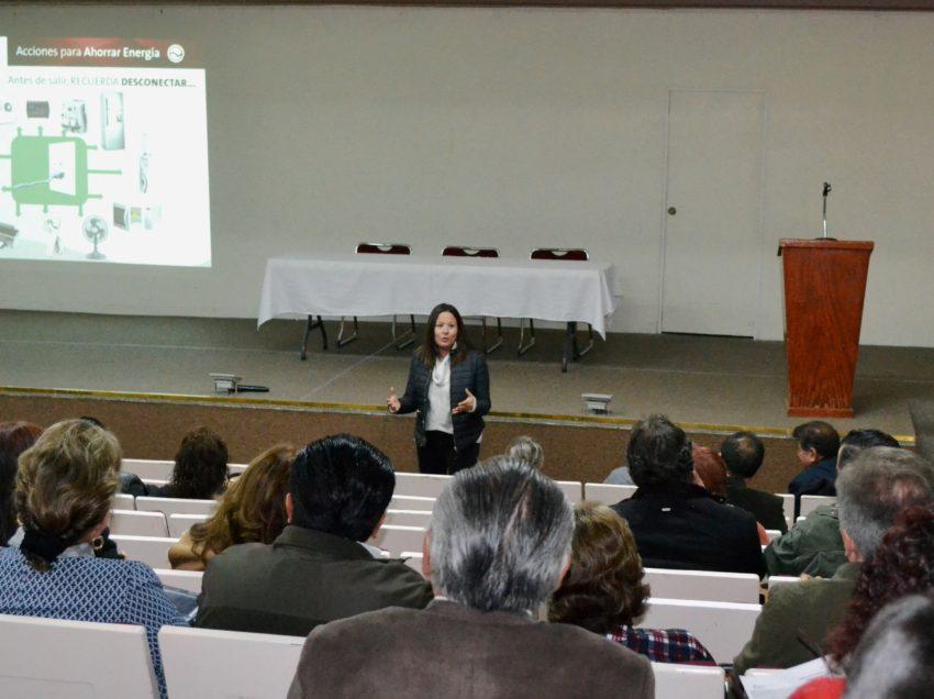 Organiza El Colegio de San Luis una Mesa de Diálogo: El libroacadémico