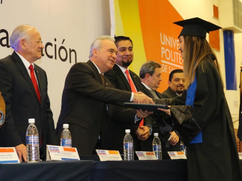 Segradúan 671 nuevos profesionistas de la Universidad Politécnica