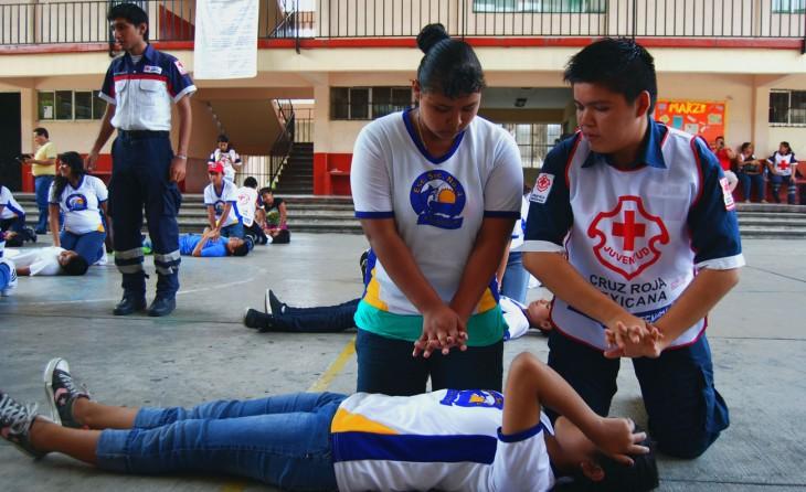 Pide diputada a la SEGE capacitar a alumnos en primeros auxilios