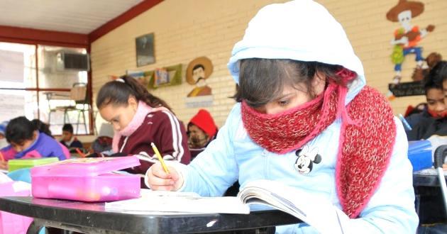 Por frio continua para mañana una hora de tolerancia en escuelas; SEGE