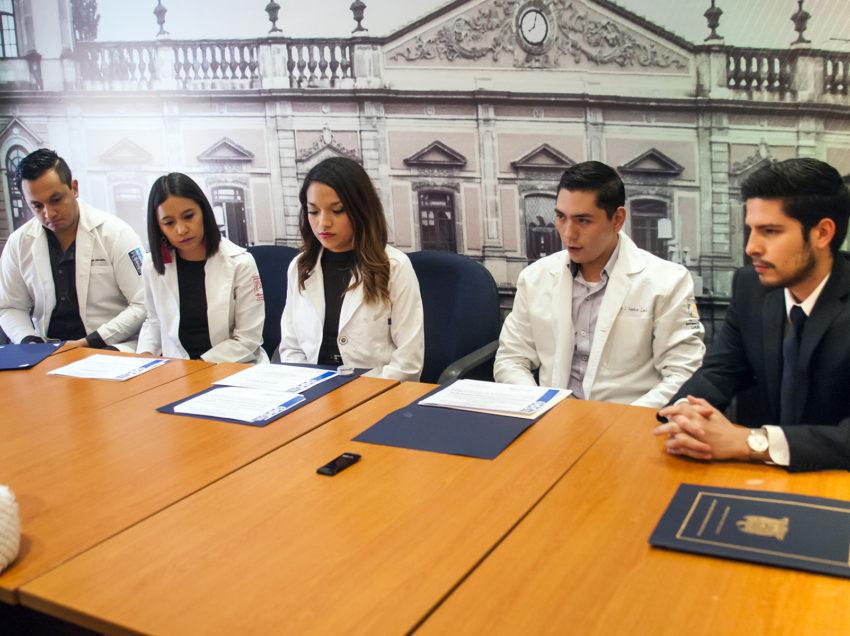 Alumnos de la UASLP ganadores del encuentro Iberoamericano de Investigación en Odontología