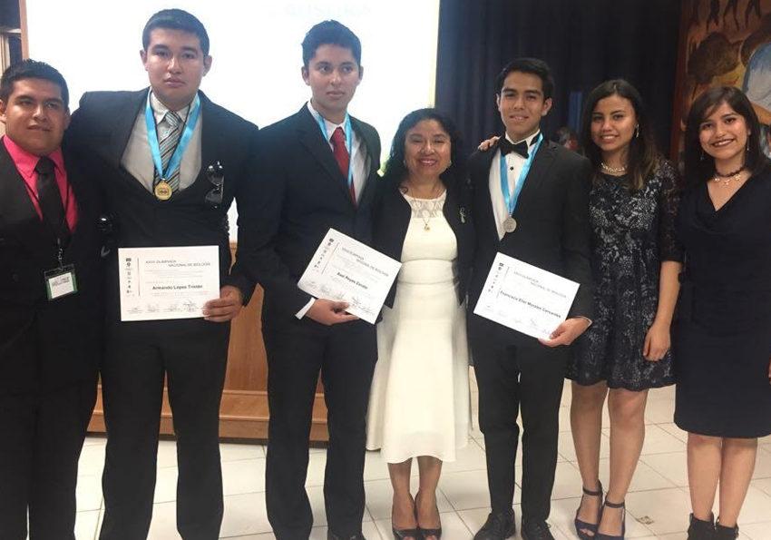 Alumnos del Cobach obtienen oro y bronce en la Olimpiada Nacional de Biología