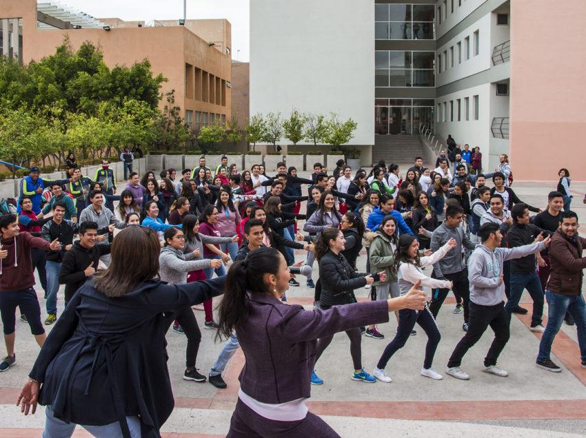 """Respuesta contundente de alumnos de la UASLP, a la dinámica """"Si te acomodas ya perdiste"""""""