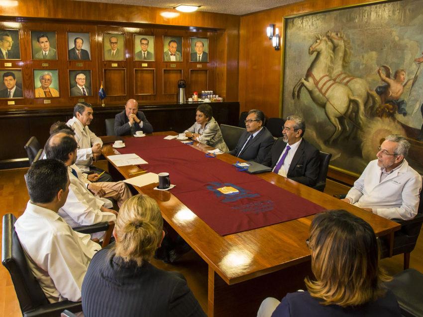 UASLP recibe evaluadores de la Licenciatura en Médico Cirujano