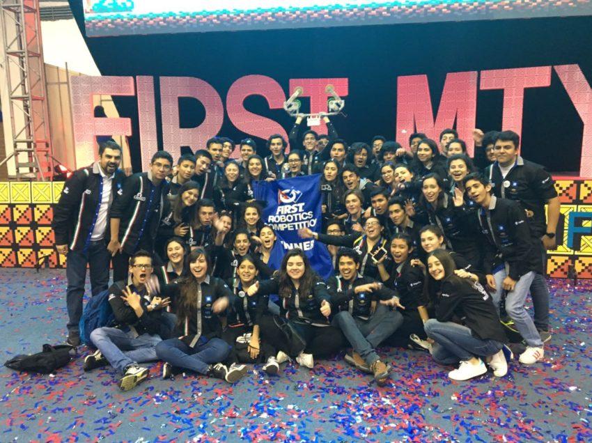 Alumnos del Tec de Monterrey campus San Luis, al Mundial First de Robótica