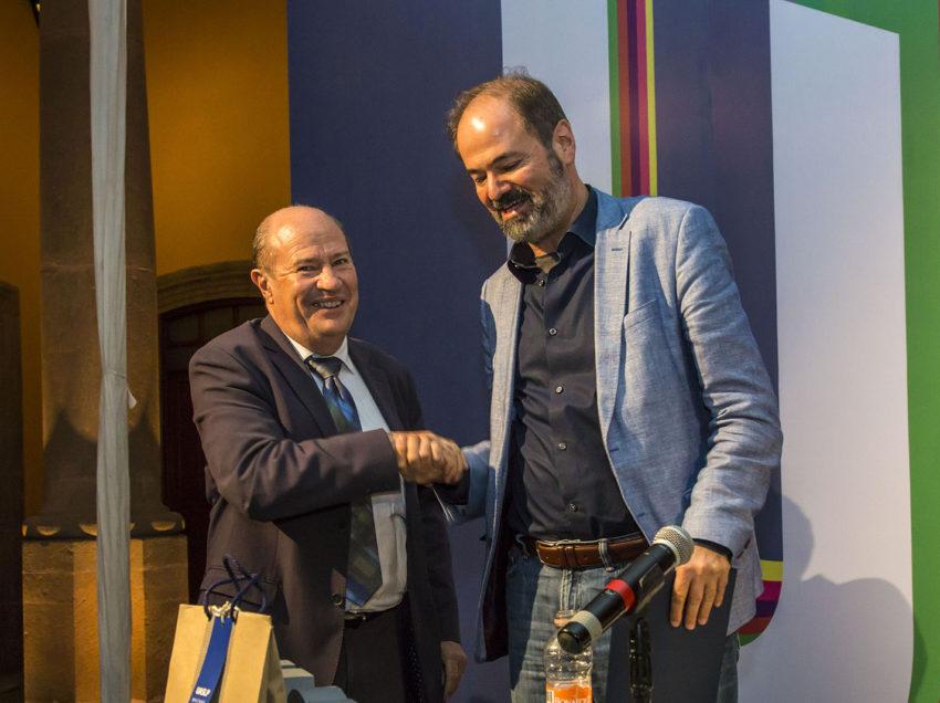 """Juan Villoro deleitó en la Feria del Libro, con su obra """"La Utilidad del Deseo"""""""