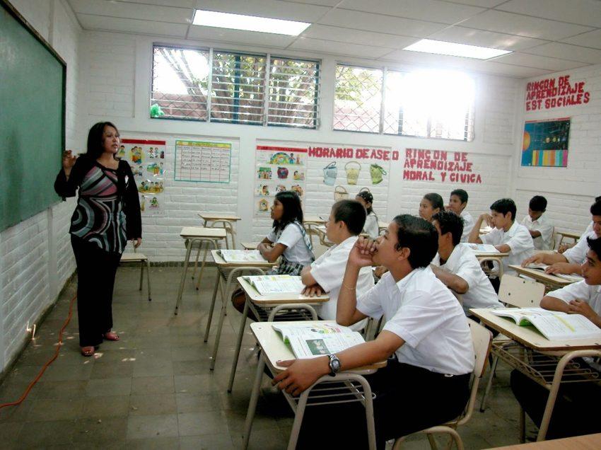 San Luis Potosí con malos resultados en matemáticas, profesores desconocen la materia