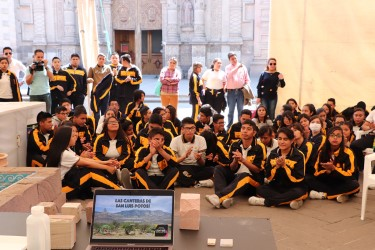 Expo cantera recibe a estudiantes de preparatoria