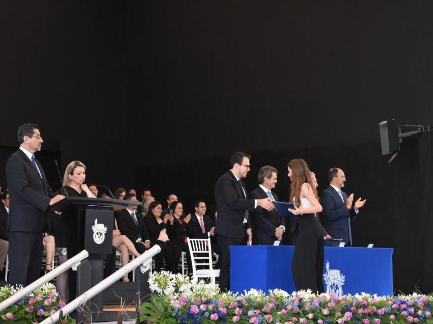 """""""Nueva generación de egresados con espíritu emprendedor"""""""